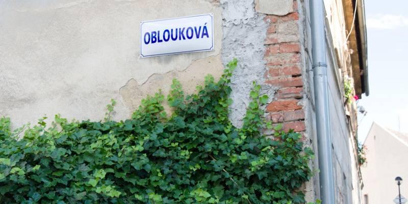 Ulice Oblouková ve Šternberku