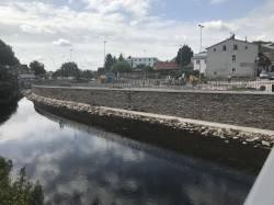 Kamenné koryto řeky ve Vrchlabí